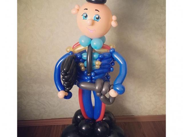 """Фигура из шаров """"Полицейский"""""""