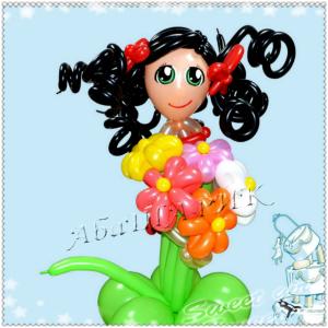 """Фигура из шаров """"Девочка с цветами"""""""
