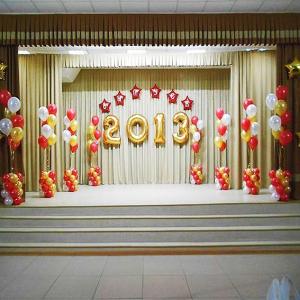 Оформление шарами выпускного в школе № 18