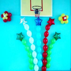 Оформление шарами выпускного в школе № 05