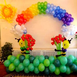 Оформление шарами выпускного в детском саду № 17