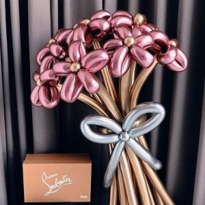 Букет из цветов. Цвет хром