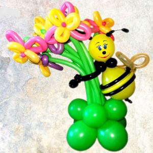 """Фигура из шаров """"Пчела на цветах"""""""
