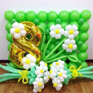 Оформление шарами 8 марта № 11