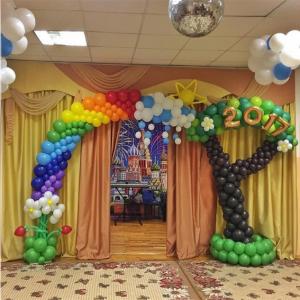 Оформление шарами выпускного в детском саду № 26
