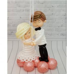 """Фигура из шаров """"Жених и невеста"""""""