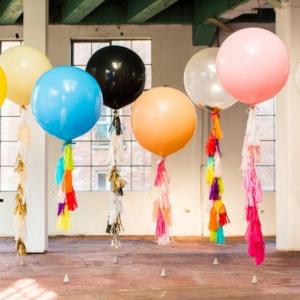 Композиция из шаров шары-гиганты