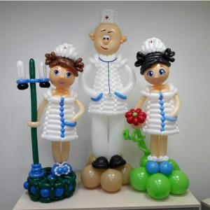 """Фигура из шаров """"Врач и медсестры"""""""