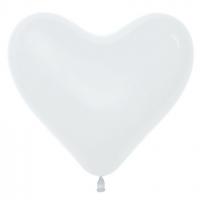 Сердце белое большое